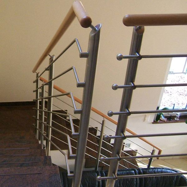 Treppengeländer Holzhandlauf ~   Nr GE 20 Treppengeländer aus Edelstahl mit Holzhandlauf bei Berlin