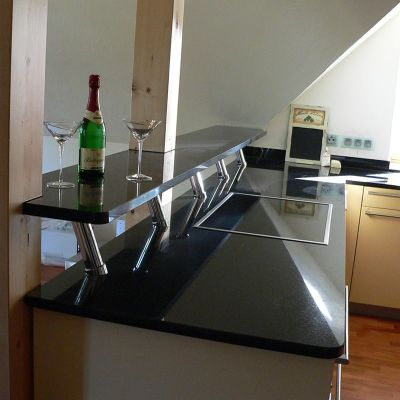 edelstahl naturstein design berlin sch nefeld k chen k chenarbeitsplatten granit aus berlin. Black Bedroom Furniture Sets. Home Design Ideas